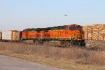 BNSF 4790 leads the local from west q to stl at old monroe.