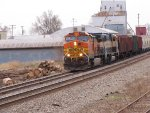 BNSF 4974 heads into the siding.