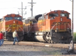 BNSF 5669 dpu meets coal load with sd70ace 9168,