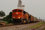 BNSF 9292 leads a empty coal back north for the mines.