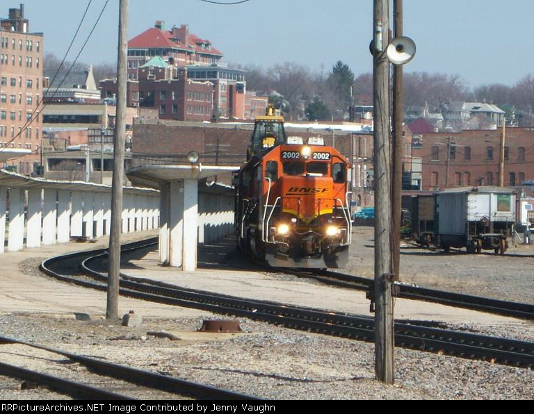 BNSF 2002 and train in the Amtrak station