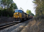 CSX Q669 flys down the hill past Chicopee Signal.