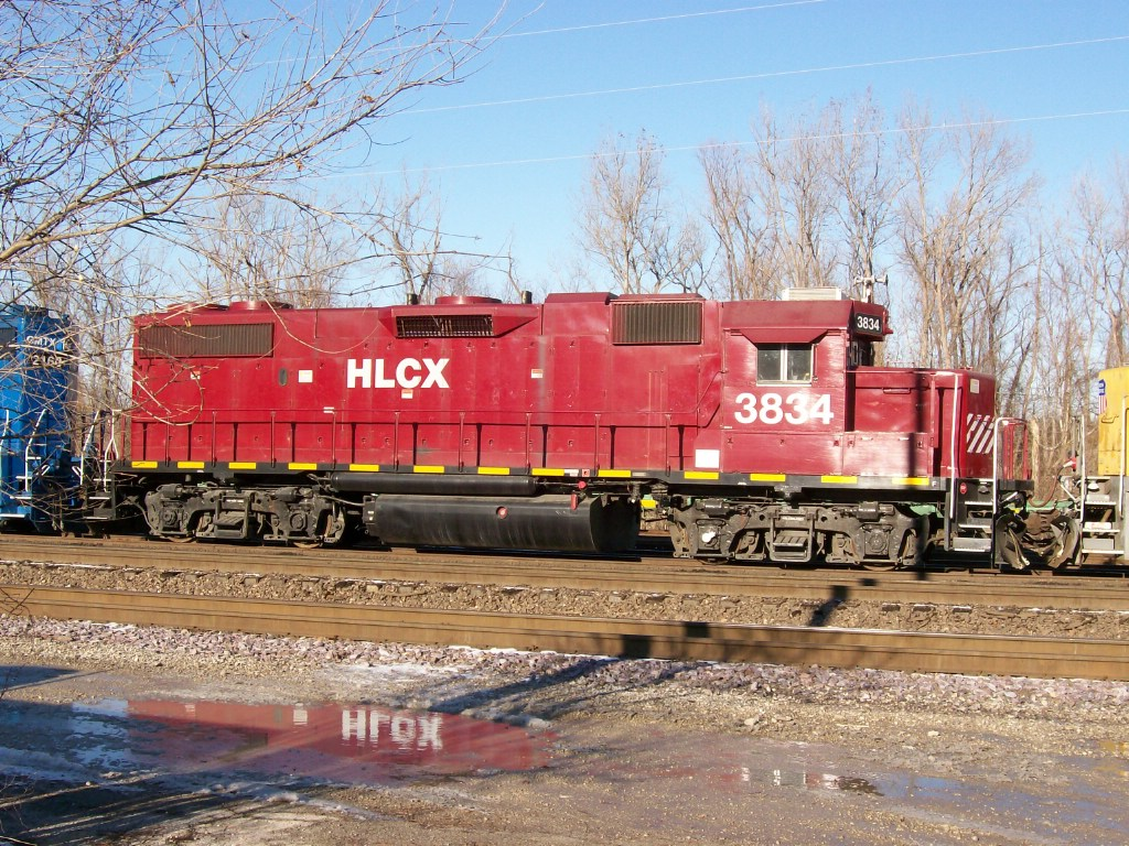 HLCX GP38-2