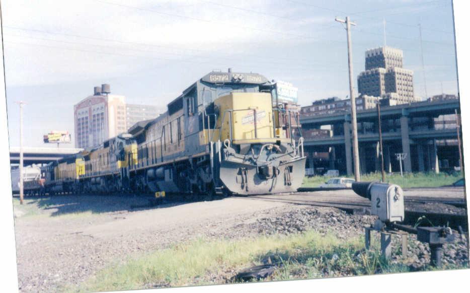 CNW 8572