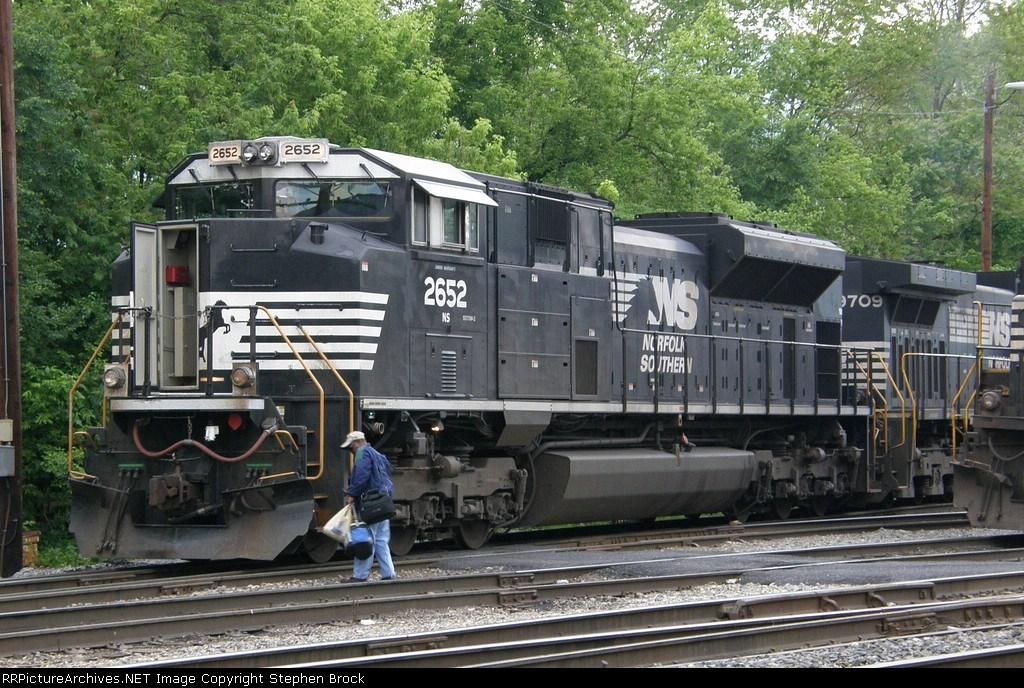NS 2652