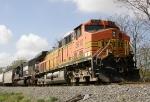 BNSF 5610 & NS 2556