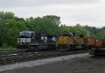NS 9956 & HLCX 5947