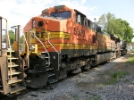 BNSF 5309 & NS 9267