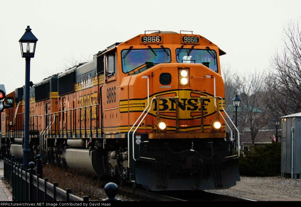BNSF 9866