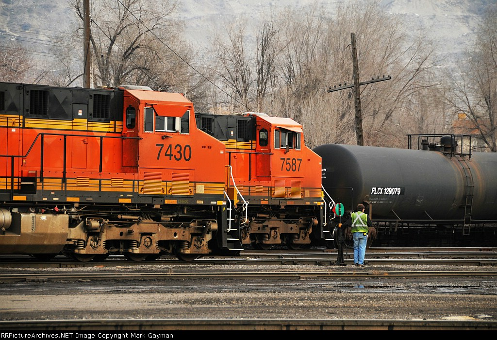 BNSF Power in yard