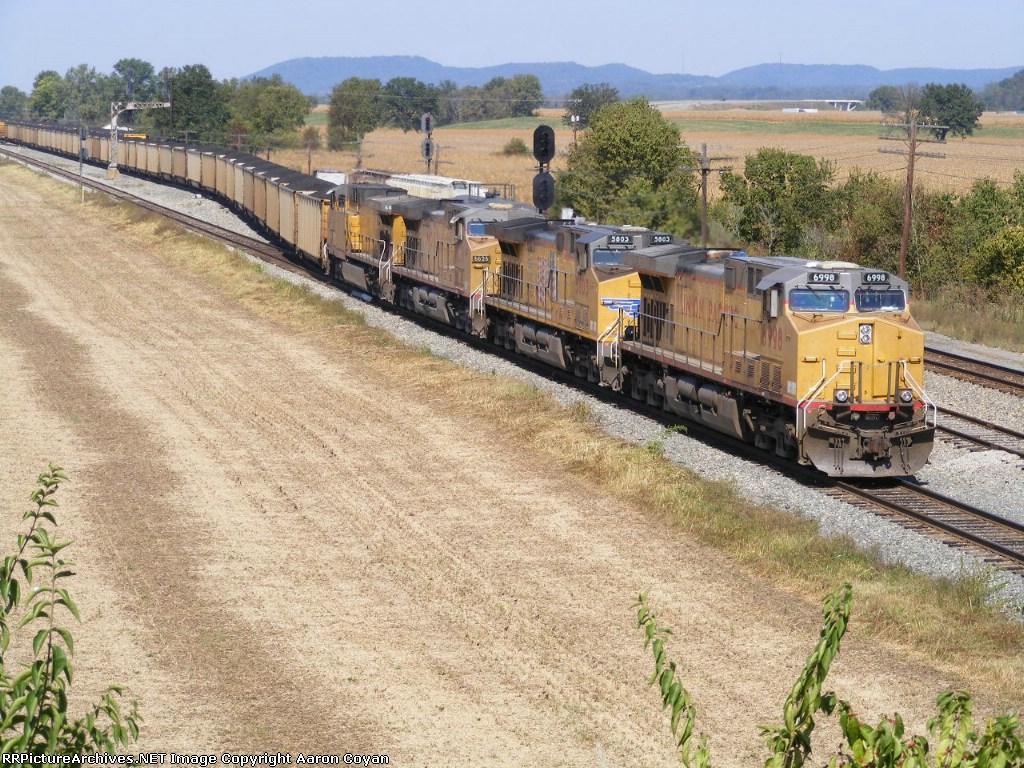 UP 6998 leads western coal eastward