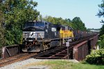 NS 857 eastbound empties