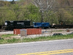 NS 3272 and old conrail caboose
