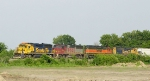 BNSF 8713 and 122