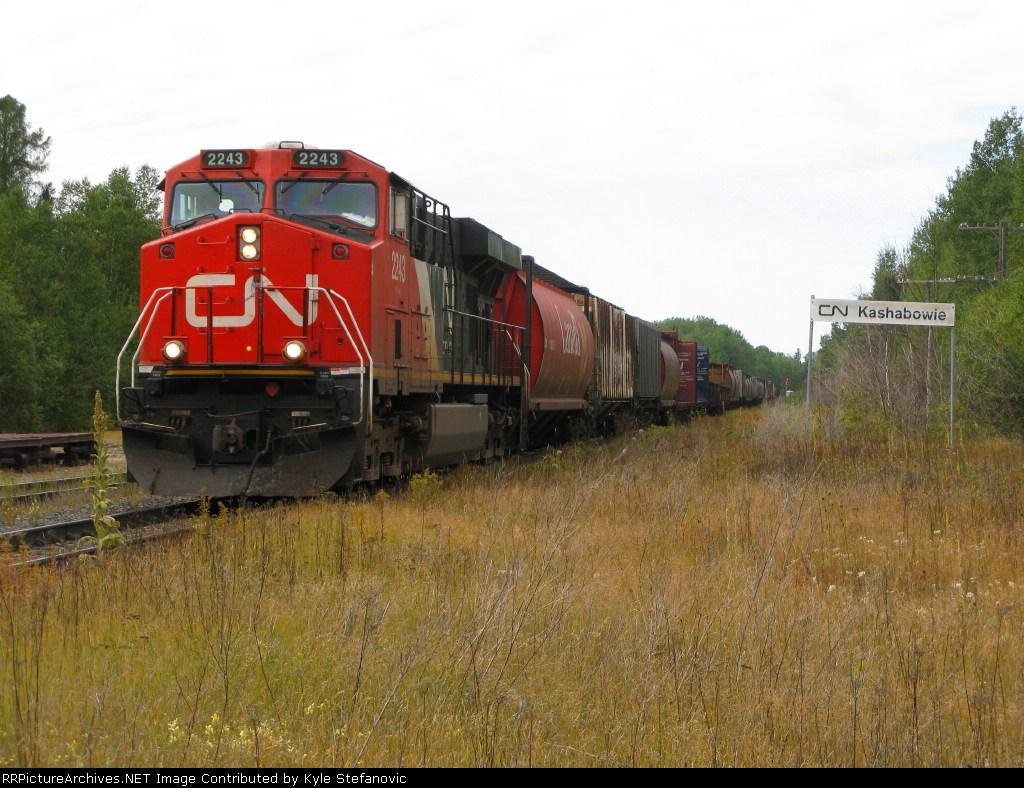 CN 2243 leads CN 436 through Kashabowie