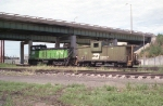 BN Switcher with a Caboose Hop