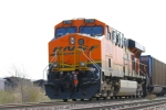 BNSF 5799