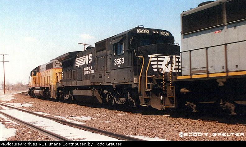 NS 3563