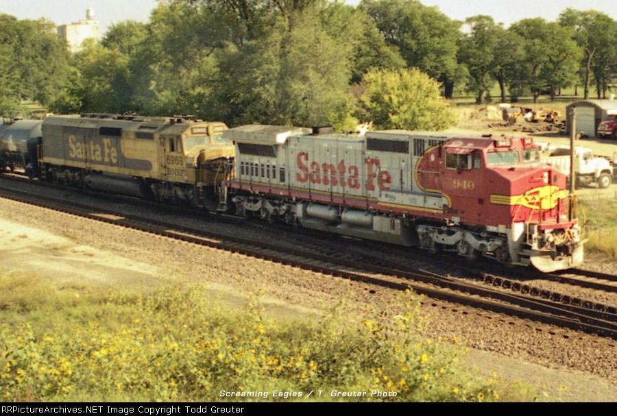 ATSF 940 and BNSF 6968