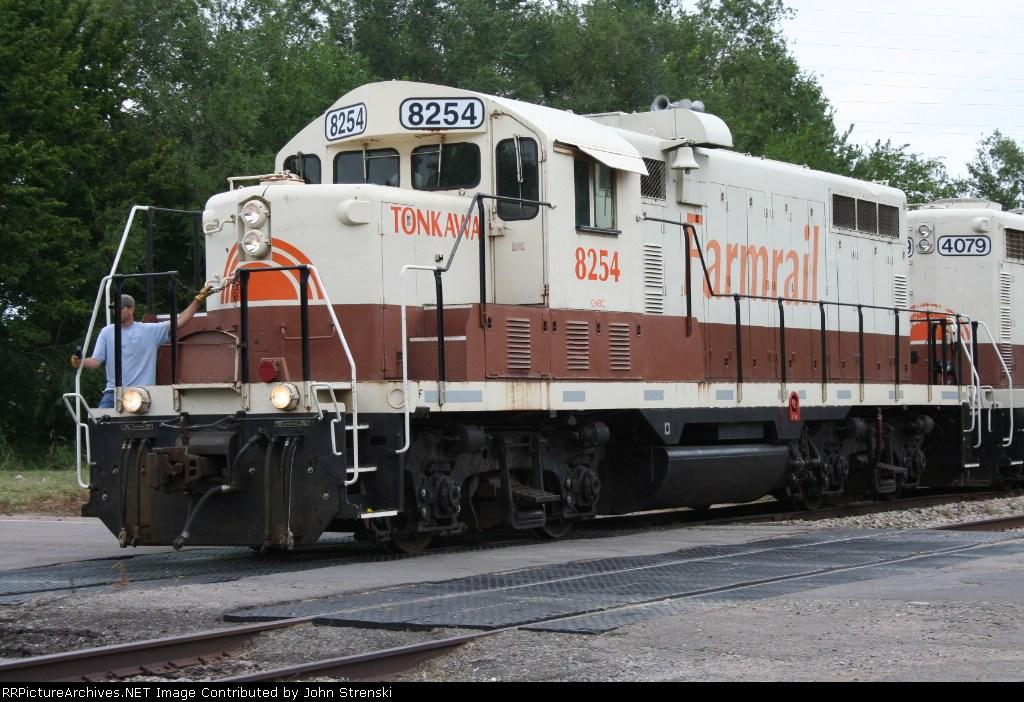 GNBC 8254 Crossing the Hwy