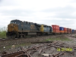 CSX 5352 leads westbound stacks