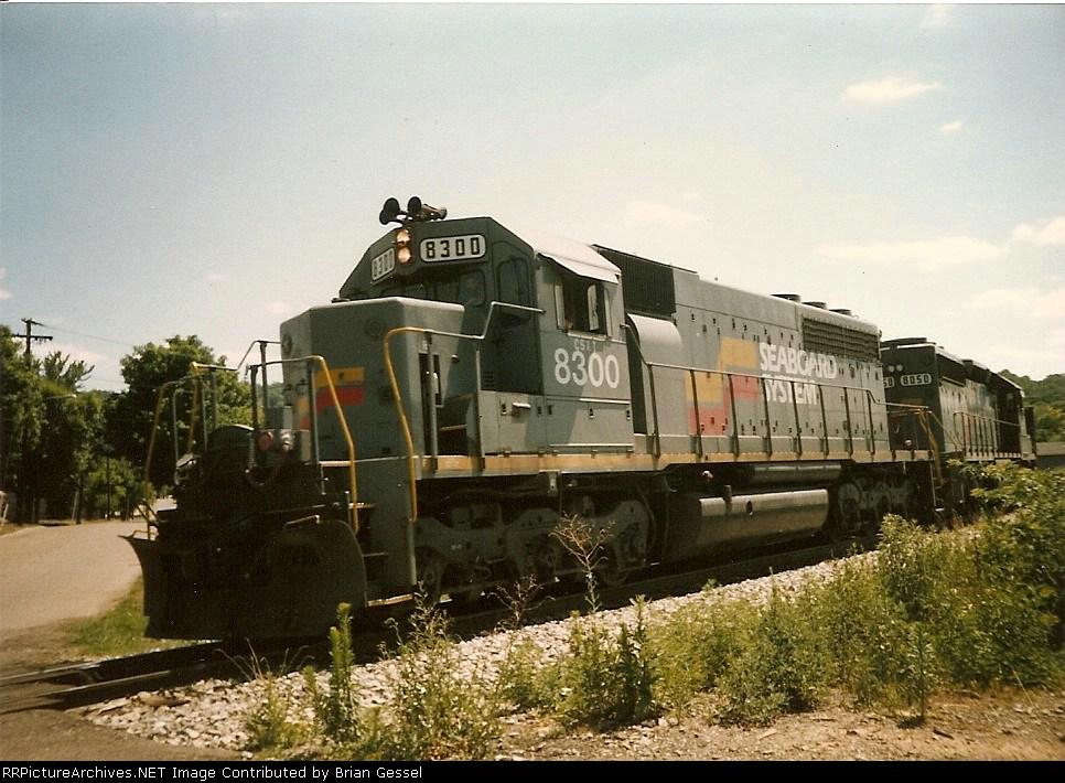 CSX 8300