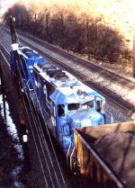CR 6375 on a coal train