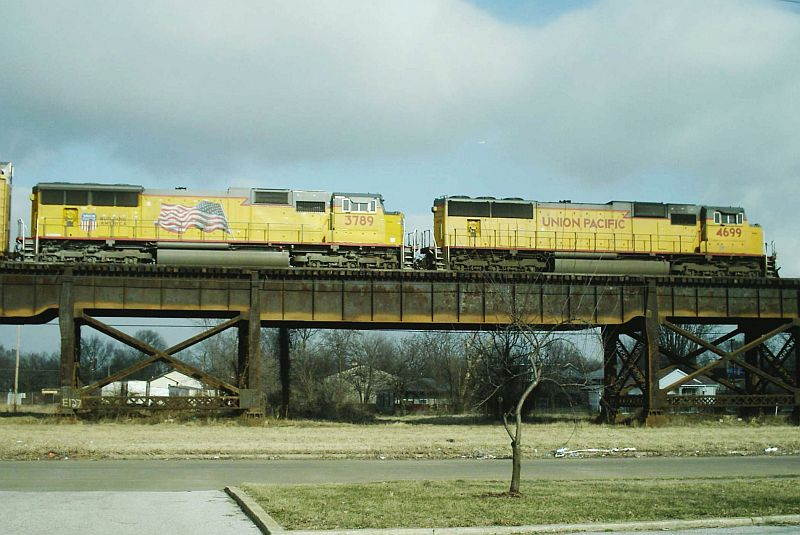 UP 4699 and 3789