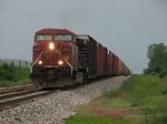 CP 9502 leads X500 east as the storms roll in