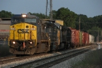 "CSX 7317 leads Q32""7-11"" onto the GR Terminal Sub"