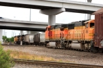 BNSF 5138 approach the diamonds