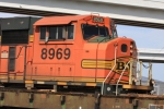 BNSF 8969 paces a UP manifest train