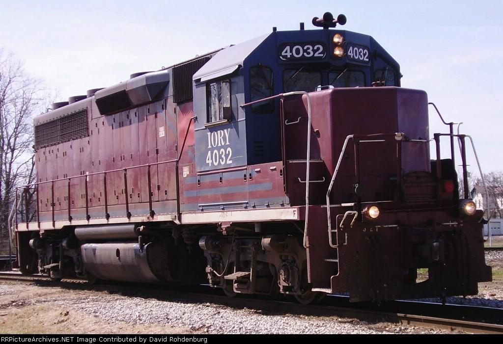 IORY 4032 on the southwest wye