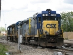 2328 leads the way through Plaster Creek as Y150 takes Q335's power to the house