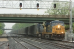 CSX 5500 leads another southbound aromatic load of trash