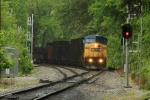 CSX 9027 comes blasting through East Avalon with a coke train