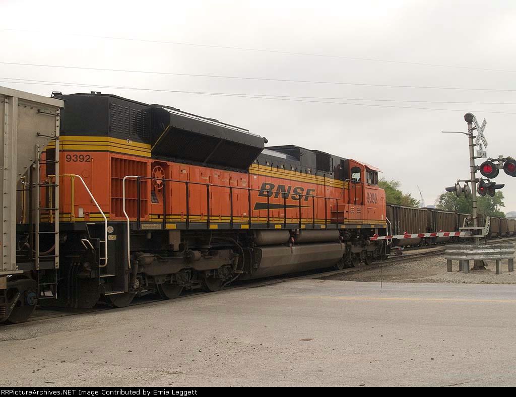BNSF 9392 rear DPU in an EB coal train at 10:01am