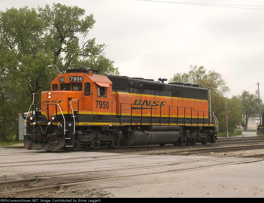 BNSF 7950 does a light power move at 11:22am