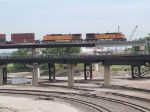 BNSF 4796 and BNSF 4768 bring up the rear of a WB doublestack at 11:25am