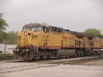 UP 6607 leads an EB coal train at 10:03am