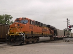 BNSF 5920 leads an EB coal train at 10:01am