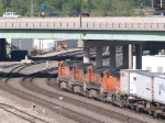 BNSF 5458 leads an EB piggy back at 8:39am