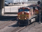 BNSF 5322 leads a EB doublestack at 10:00am