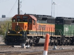 BNSF 8022 leads a WB manifest at 9:50am
