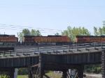 BNSF 4196 #2 power in a WB piggy-back at 10:09am