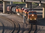 BNSF 6043 leads a WB manifest at 6:20pm
