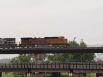 BNSF 5109 leads a EB piggy-back at 5:38pm