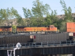 BNSF 5516 #3 power in an EB doublestack/piggyback at 5:38pm