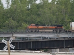 BNSF 1093 leads a WB piggyback at 6:15pm