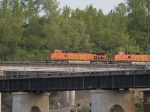 BNSF 4018 leads a EB doublestack at 6:45pm